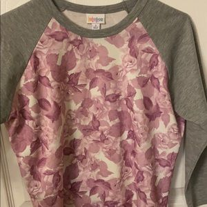 Small LulaRoe Randy Tee